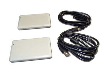 China Vehicle Management UHF RFID Reader 10 cm With USB Communcation Interface supplier