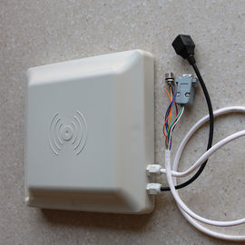 China 8Dbi Antenna Rfid Integrated Reader , Access Control Long Distance Rfid Reader distributor